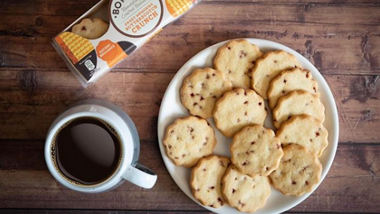 Trabajo para comer galletas todo el día y te pagan (Imagen: borderbiscuit)