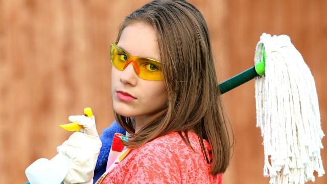 Mujeres realizan más de 30 horas semanales de trabajo doméstico no remunerado: Inegi