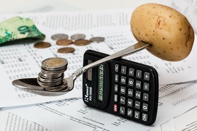 ahorrar dinero en gastos de la casa