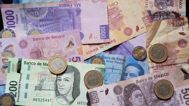 Personales del ISSSTE, dinero, pesos