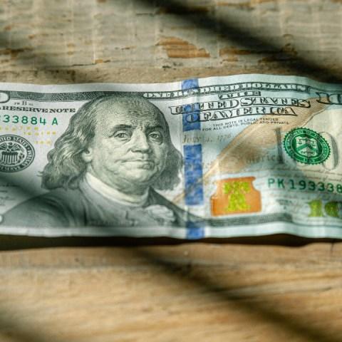 El precio del dólar hoy al cierre 01 de diciembre de 2020 en México