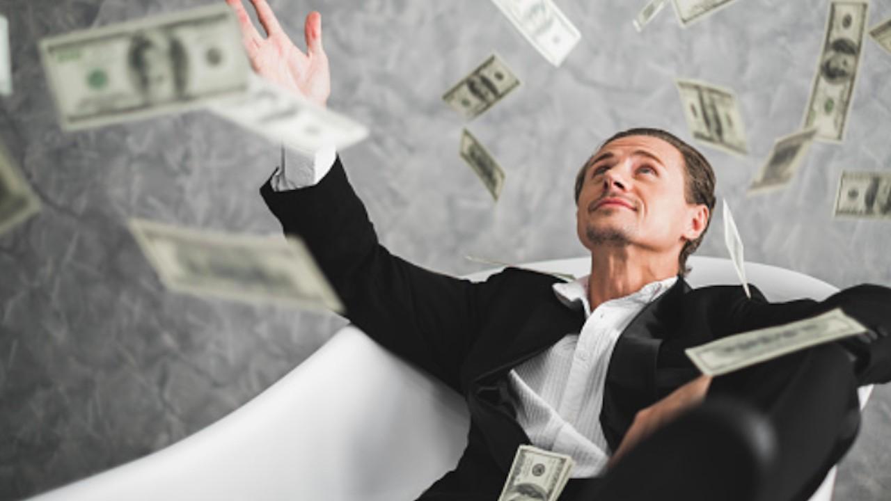 Céntrate en esto y no en tu salario para ser millonario (Imagen: pixabay)