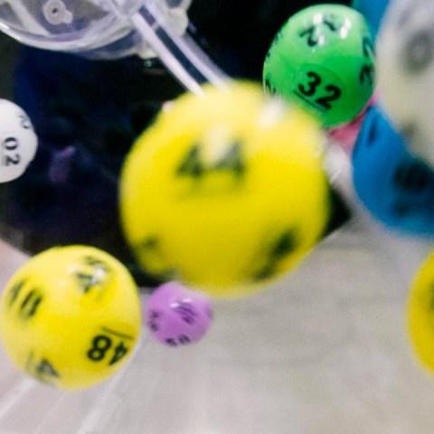 Ganadores de la lotería (Imagen: unsplash)