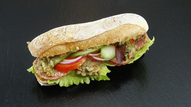 Este sándwich costó 30 mil pesos y se hizo en 6 meses