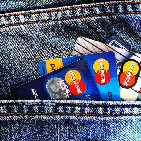 ¿Me conviene realizar pagos anticipados o adelantados de mis créditos?