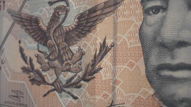 Este billete de 20 pesos de Benito Juárez pertenece a la familia D1 y fue producido en 2003