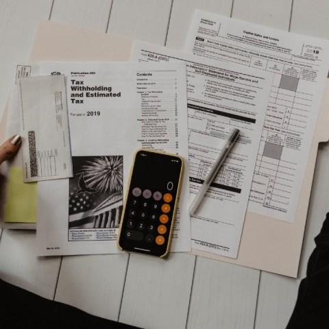 Cuándo se debe presentar la declaración anual 2021 al SAT