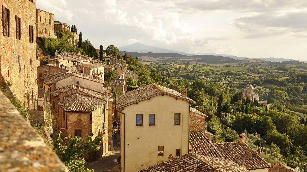 Zonas de Italia donde se pueden comprar casas a 25 pesos