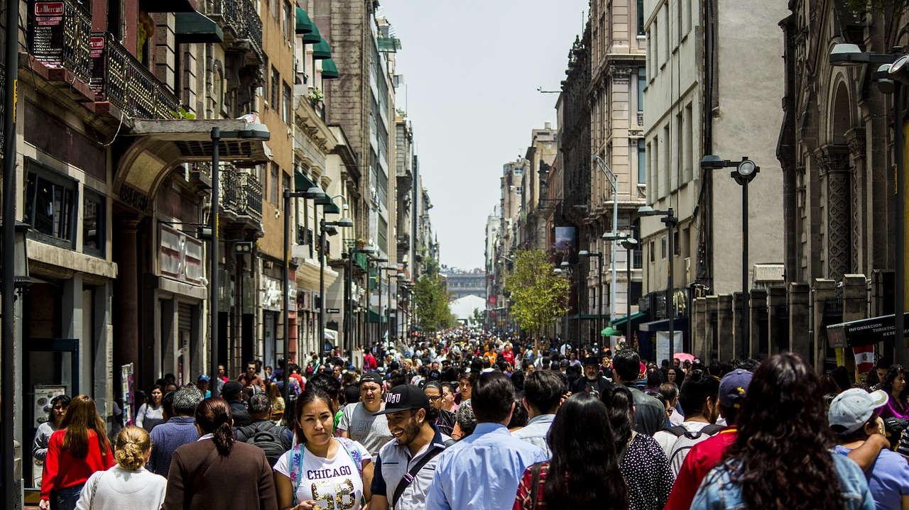 Sólo por ser mexicano, ya debes 95 mil 900 pesos en deuda pública