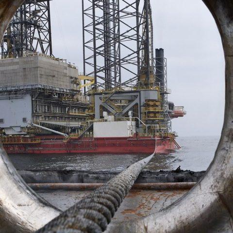 Sener y SE suspenden acuerdo que limita importación de hidrocarburos