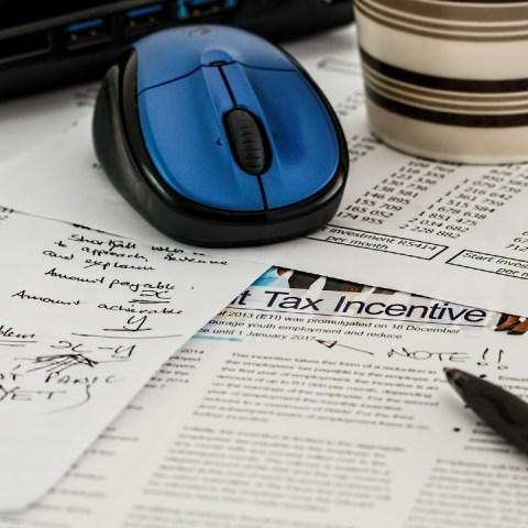 Cómo hacer valer la devolución automática de impuestos tras declaración anual al SAT