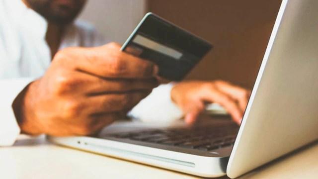 Pagar con tarjeta en línea