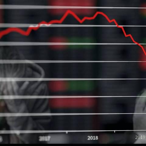 ¿Cómo puedo construir y conservar ahorro en medio de una recesión económica?