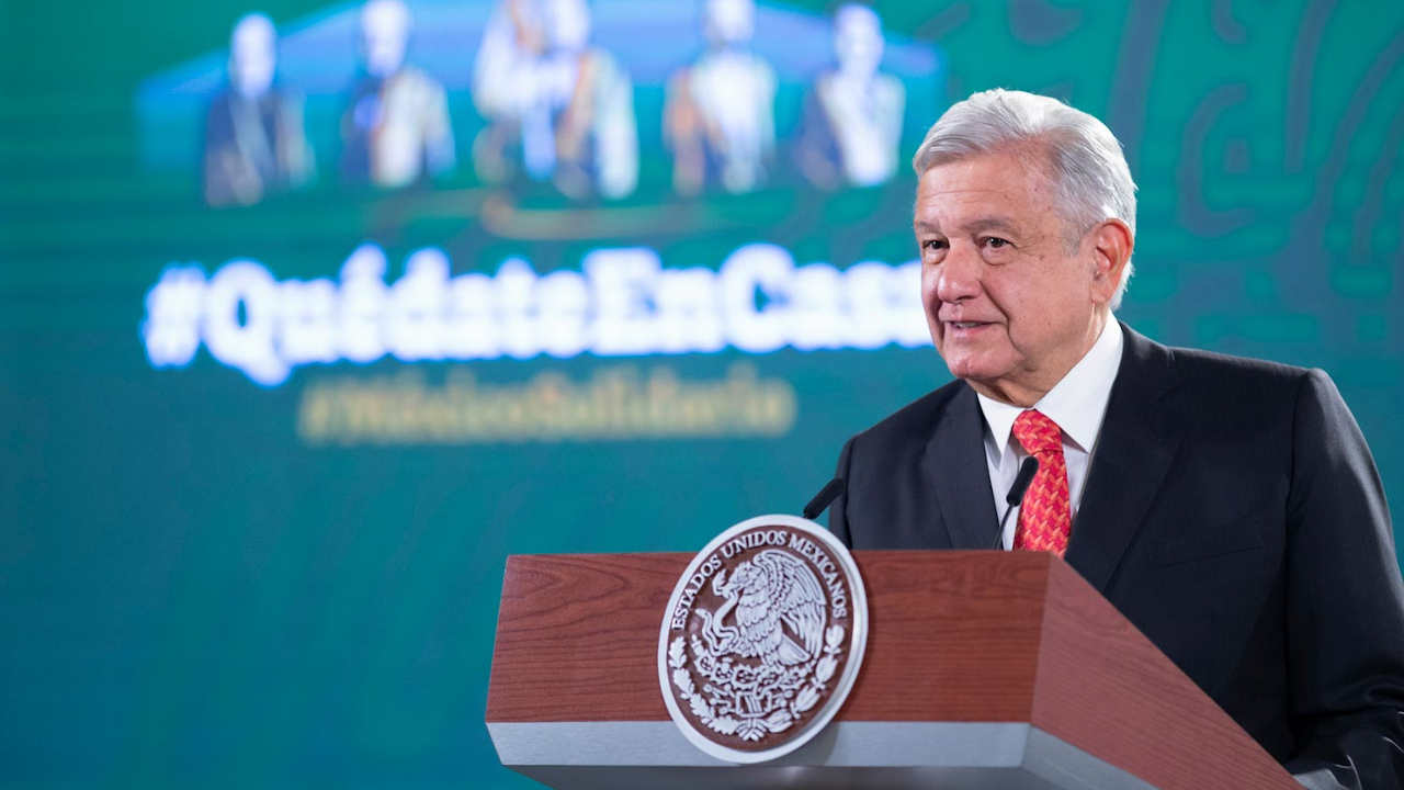 AMLO: Alejandro Díaz de León no repetirá como gobernador del Banxico