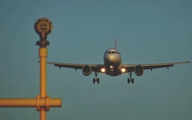 Pesar a pasajeros en aviones