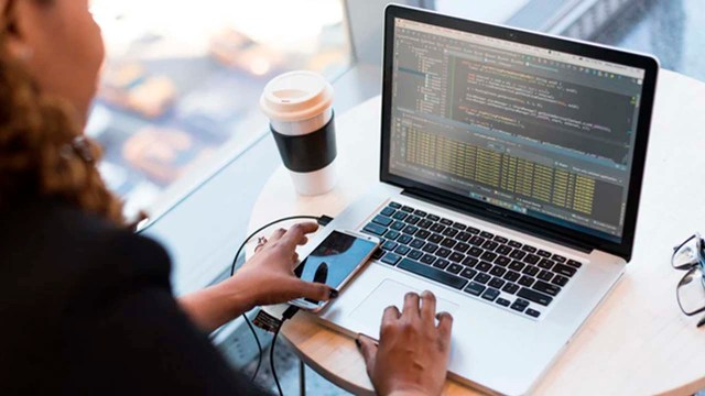 El 80% de los trámites del Infonavit se puede realizar en línea y por su línea telefónica denominada Infonatel