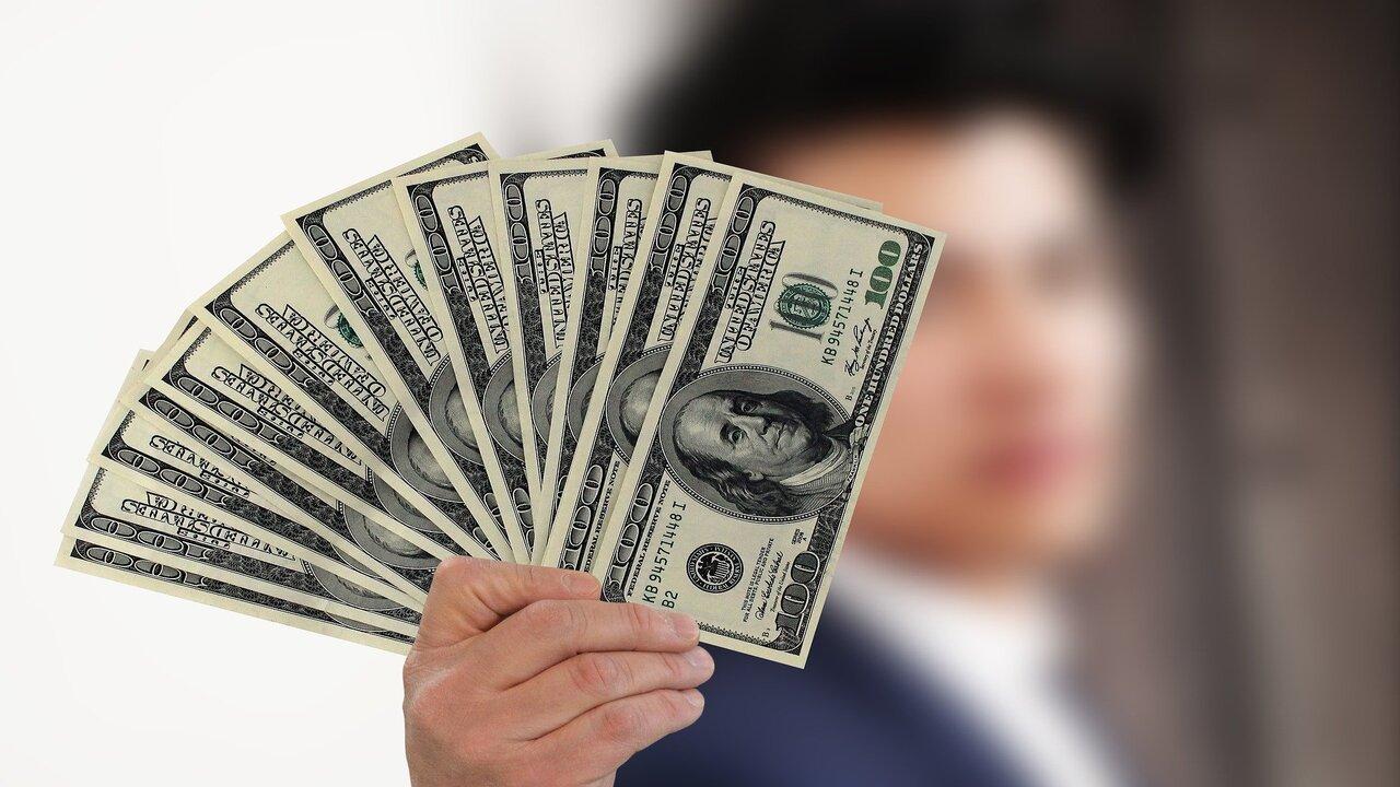 por qué es importante el precio del dólar