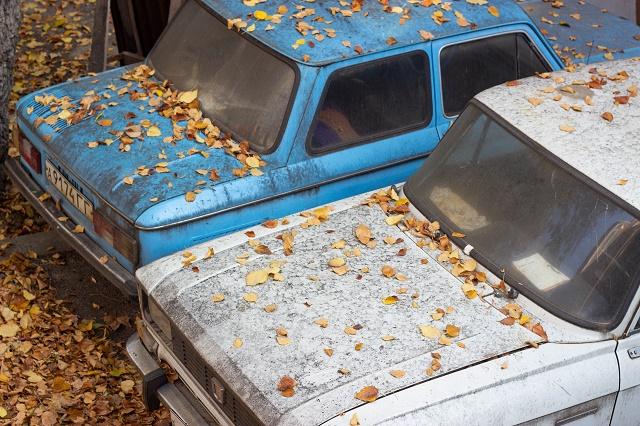 El diésel y la gasolina pierden algunas de sus propiedades con el tiempo y pueden dañar tu coche