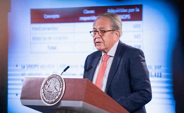 AMLO: Hay abasto garantizado de medicamentos hasta 2024