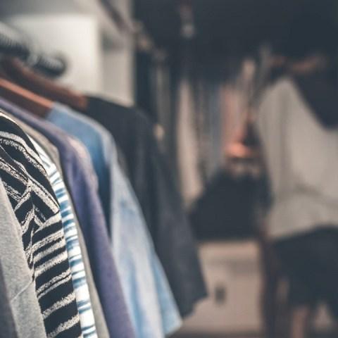 La ropa de paca es una alternativa para cuidar el planeta y conseguir prendas a precios bajos en la CDMX