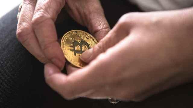 ¿Por qué la política monetaria de la Fed afecta a Bitcoin?