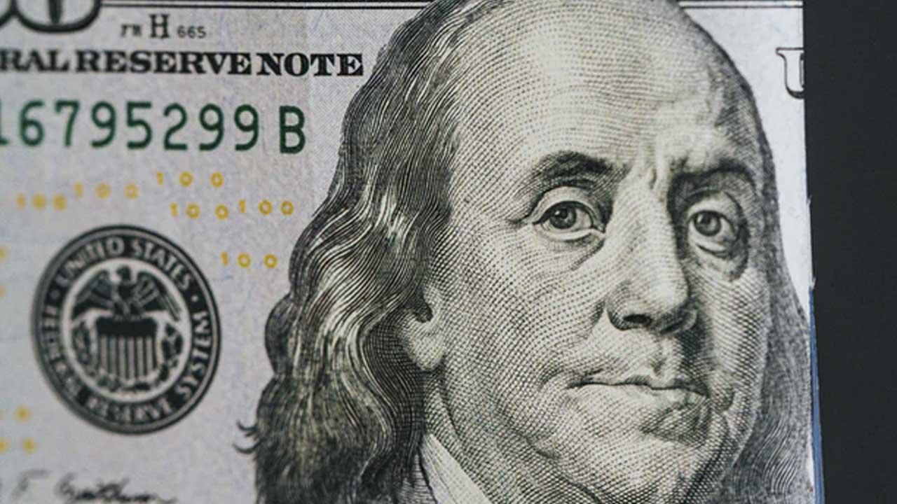 Precio del dólar a mitad de semana