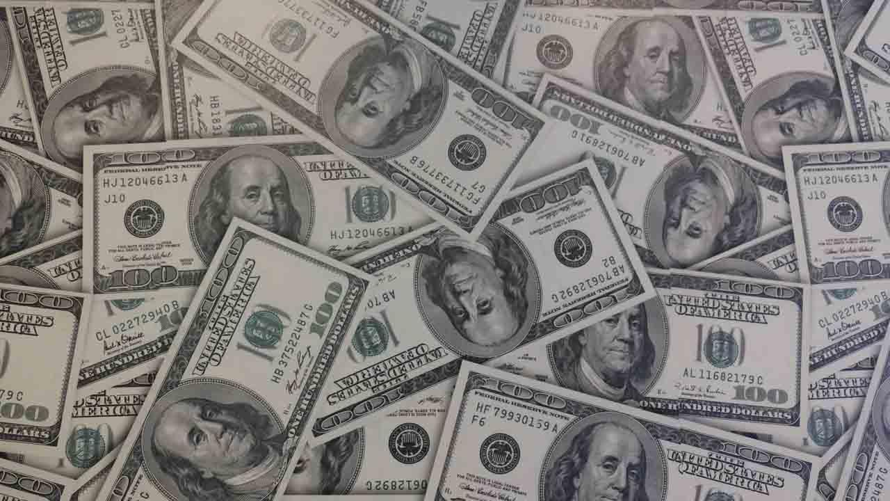 Precio del dólar los martes