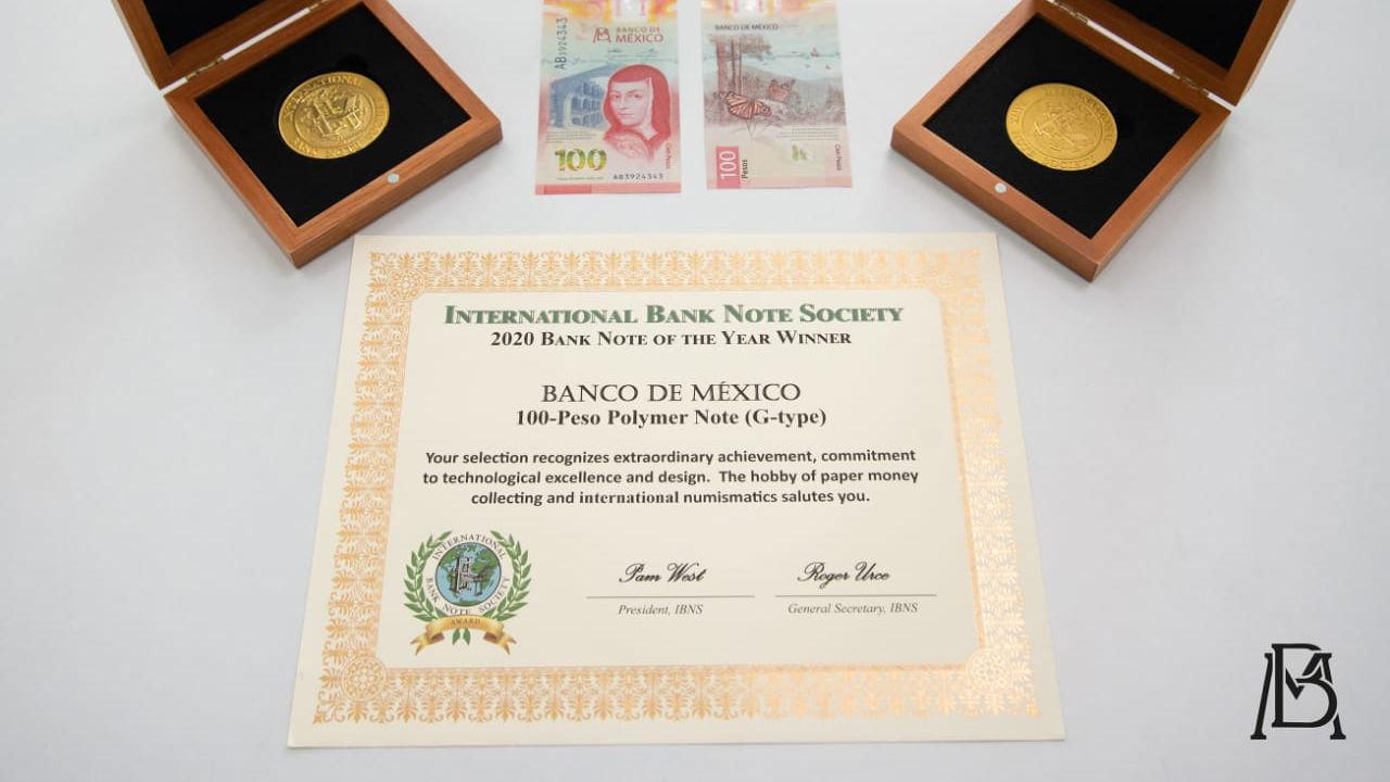 Entregan premio por Billete de 100 pesos, el mejor de 2020 al Banxico