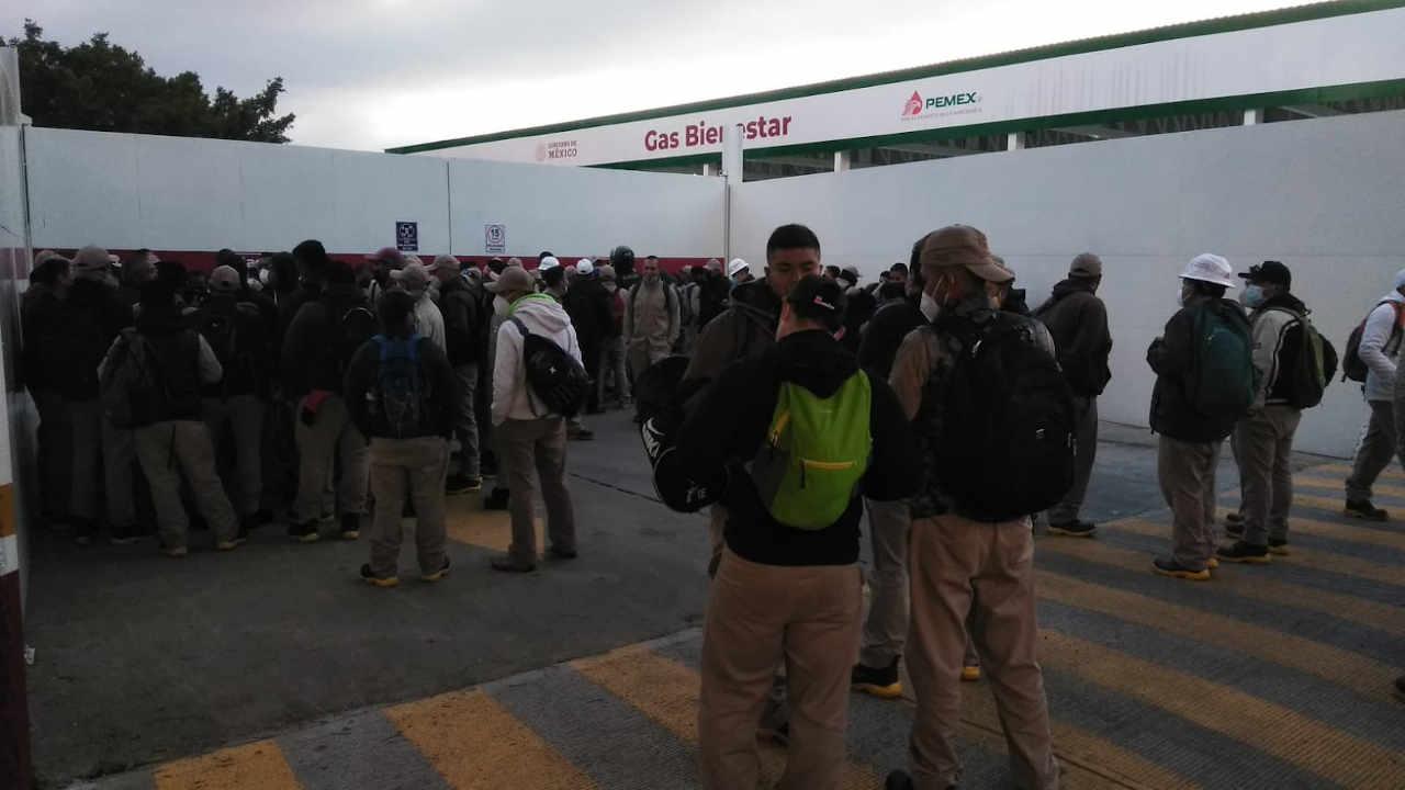 Gas Bienestar: Trabajadores protestan porque les pagarán menos de lo prometido