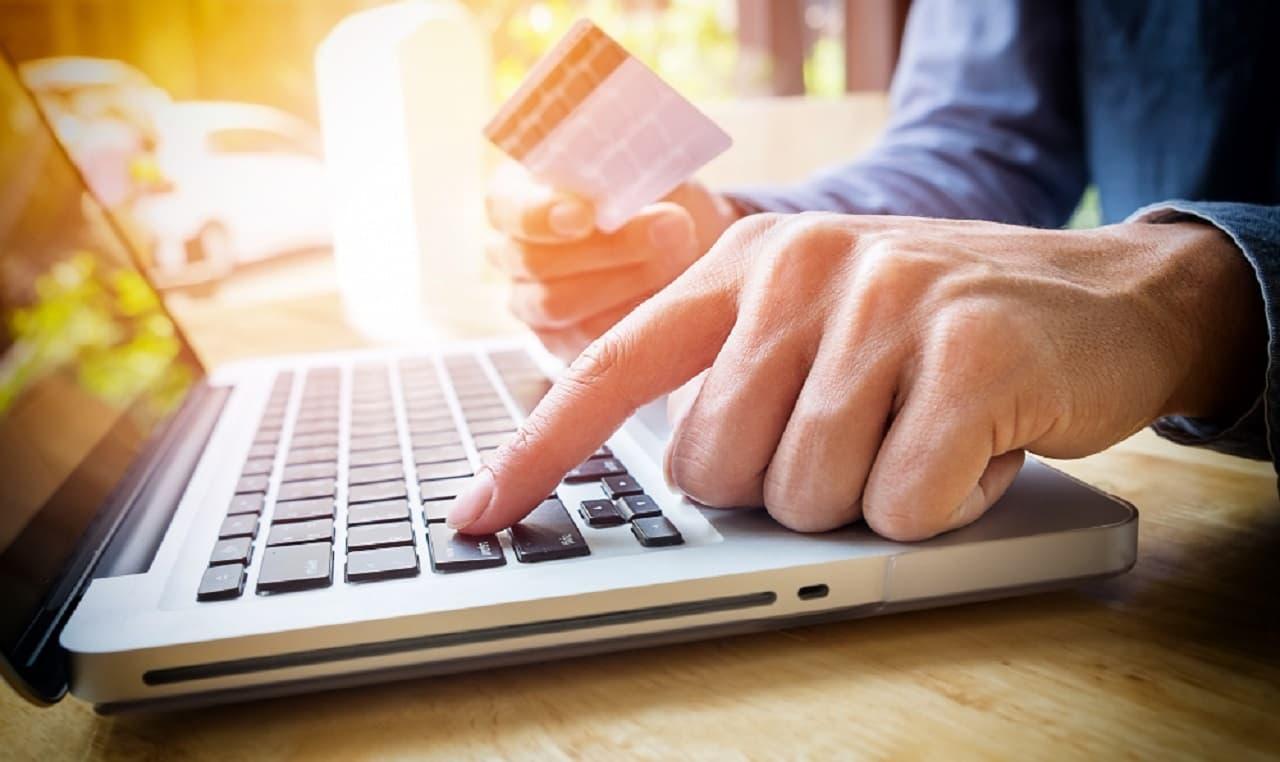 Te explicamos cómo funciona el pago mínimo de una tarjeta de crédito
