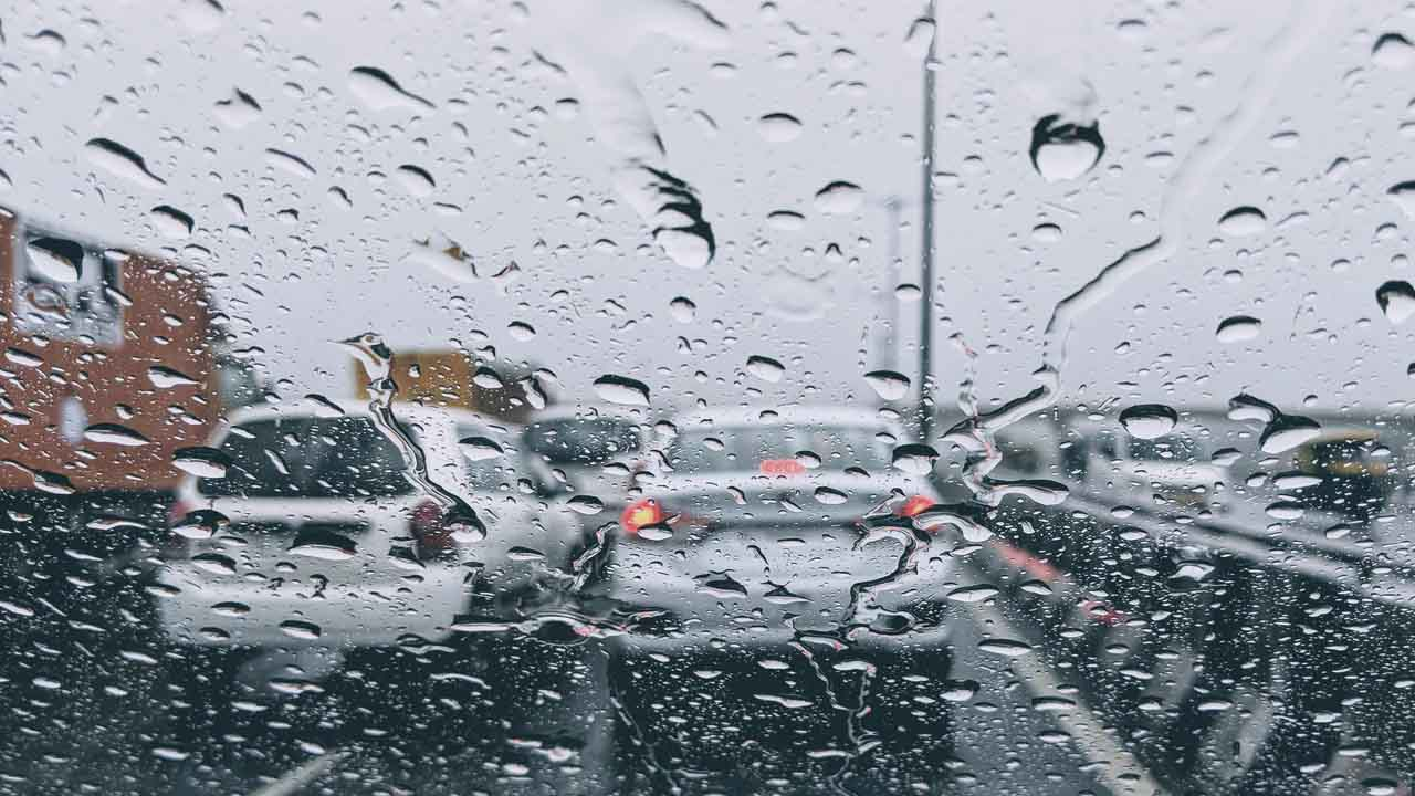 Cuidado de autos en la lluvia