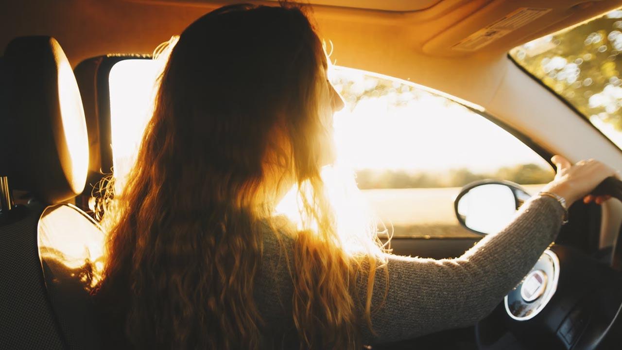 Puedes manejar un auto sin ser mayor de edad