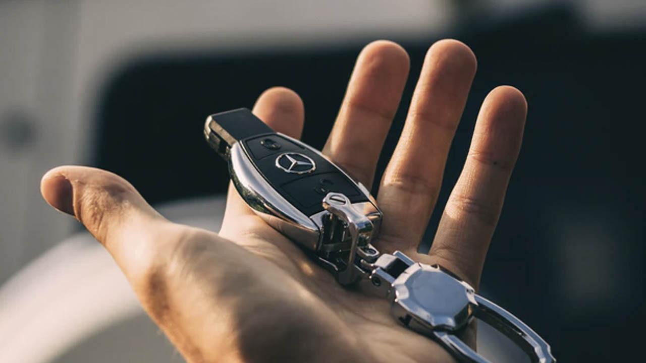 Comprar un auto a costado reduce la disponibilidad de dinero
