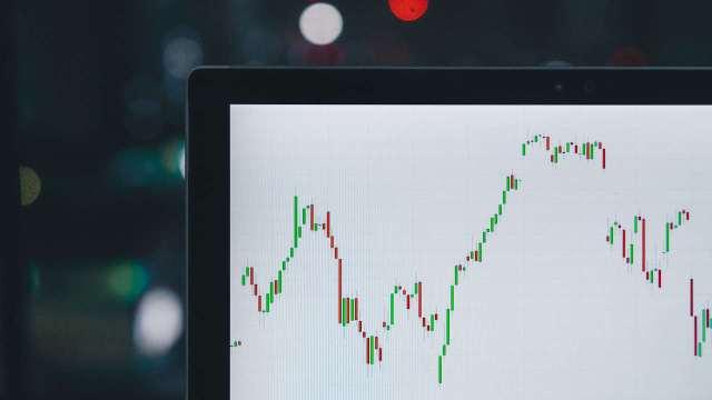 Inversión: ¿Qué diferencia hay entre el trading e ir a largo plazo?