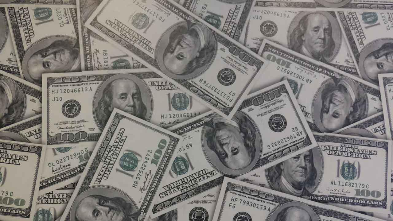 El precio del dólar aumenta en sábado