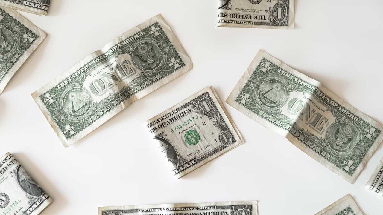 La cotización dólar sufre una baja