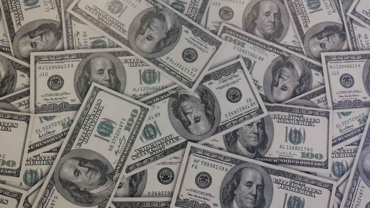 Dólar Banamex ajusta precios