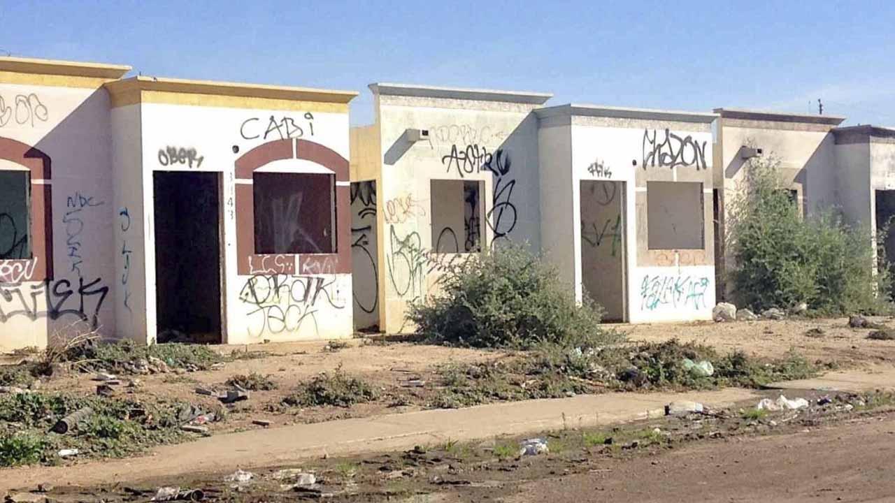 Personas aprovechan casa deshabitas área invadirías