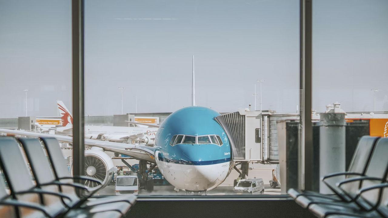 Se cobra una comisión en vuelos