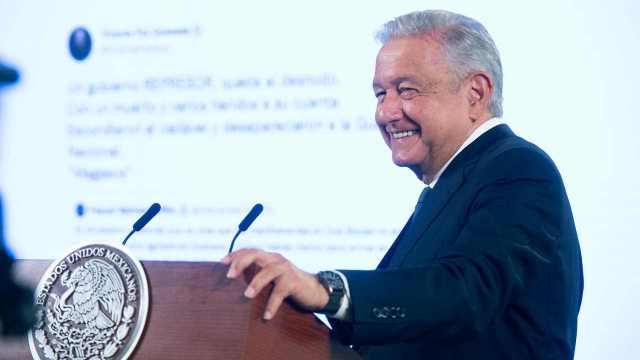 AMLO descarta adopción de criptomonedas en México