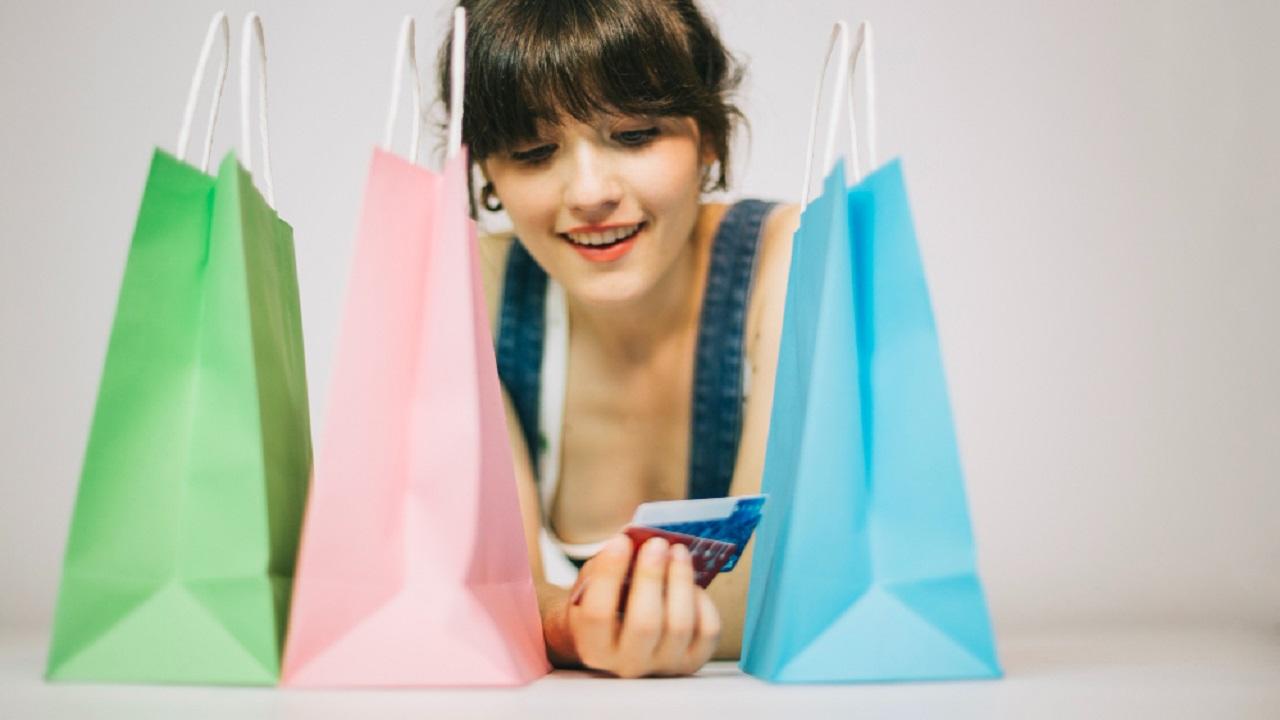 Consejos para ahorrar al pagar tu tarjeta de crédito