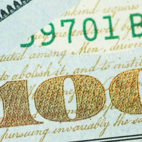 El dólar cierra la semana con pérdidas