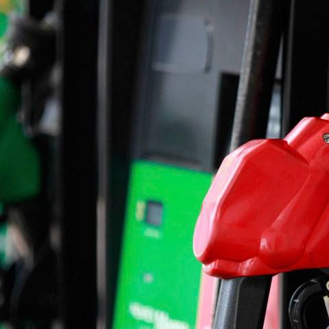 Hay consecuencias de mezclar gasolina