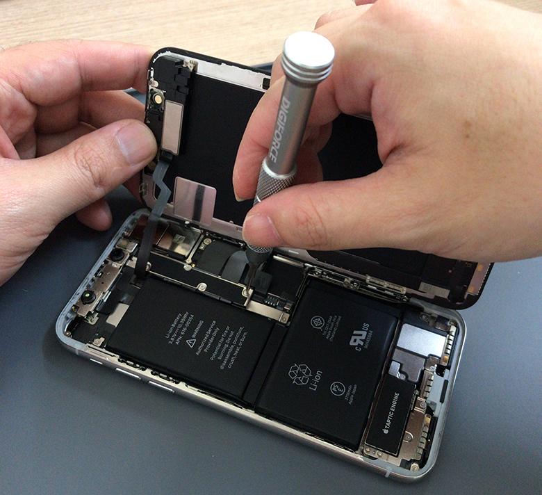 iPhone X 修理はじめました。