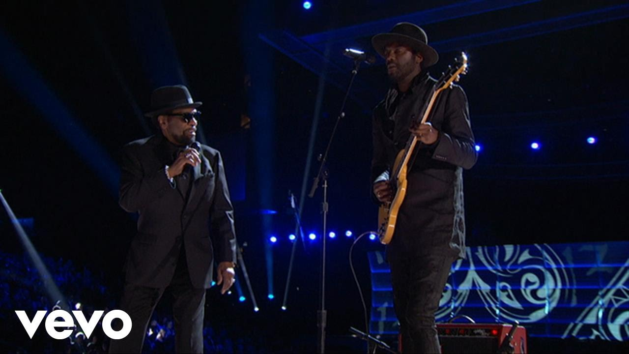Gary Clark Jr. / William Bell – Born Under a Bad Sign (LIVE from the 59th GRAMMYs)