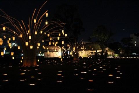 今年初の試み、日本遺産「咸宜園」の竹灯り。
