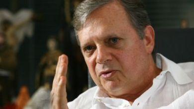 Photo of Tasso Jereissati devolve presidência do partido a Aécio após discordar de manter apoio a Michel Temer