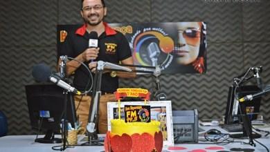 Photo of Radialista Roberlandio Nunes e amigos falam sobre sua carreira e o 1º aniversário do Programa Conexão Pop