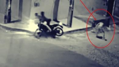 """Foto de """"Ladrão Ninja"""": No Ceará homem assalta dando 'voadora' em casal que trafegava de moto"""