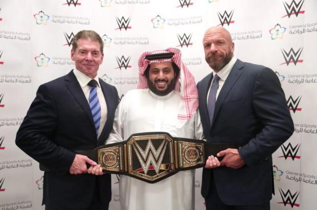 «هيئة الرياضة»: مصارعة WWE حصرية لـ 10 سنوات في السعودية